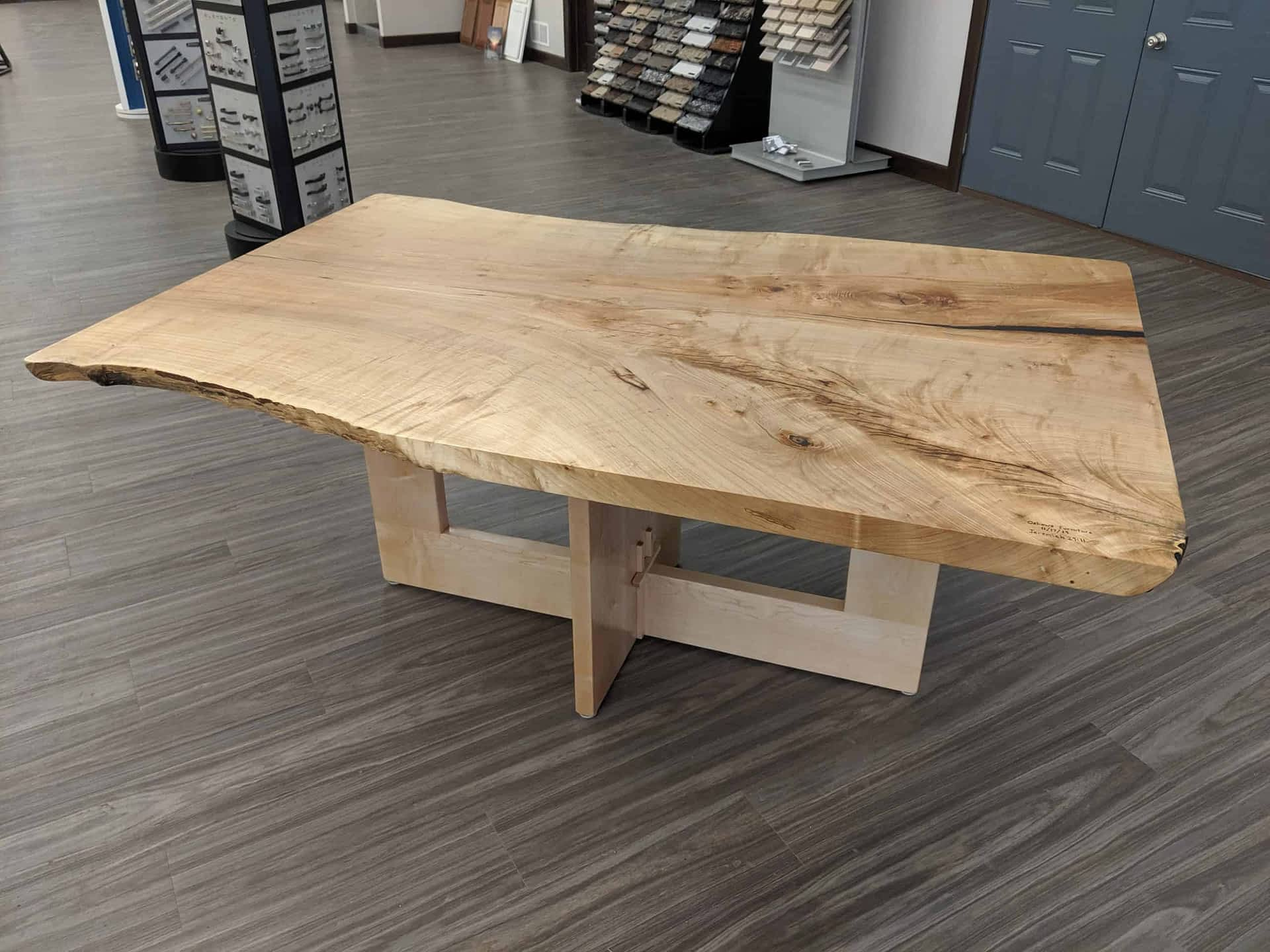 Coffee table - Wood stain